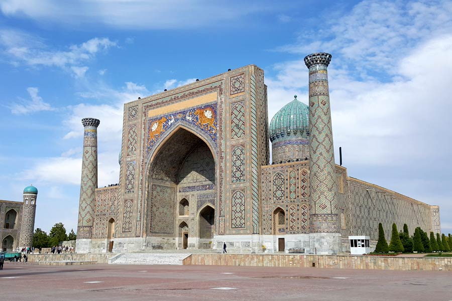 Uzbekistan Adventure – mosques, madrasahs and mosaics
