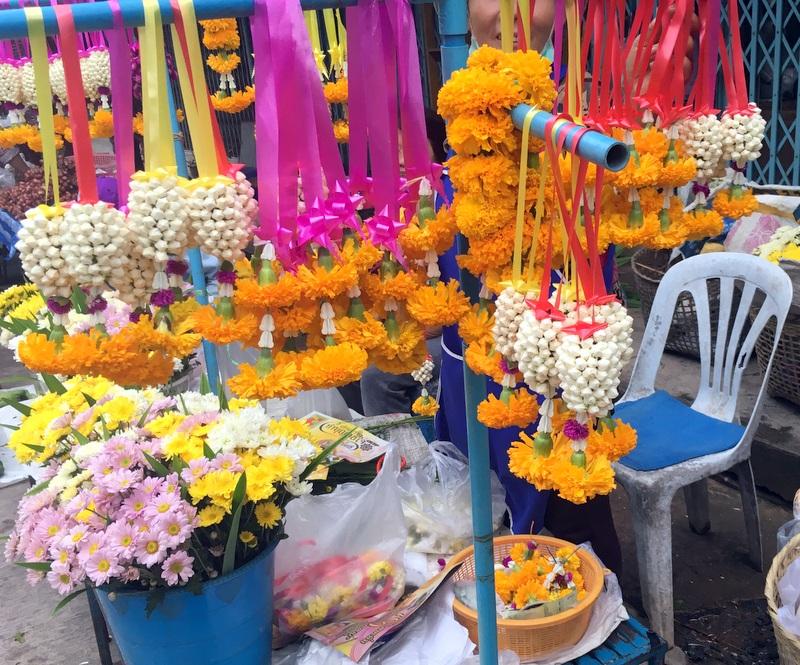 Thailand markets – saffron, ceremony and sweet treats